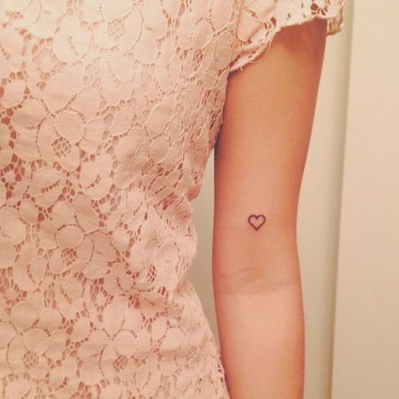 Small Heart Tattoos: 20+ Beautiful Heart Tattoo Designs