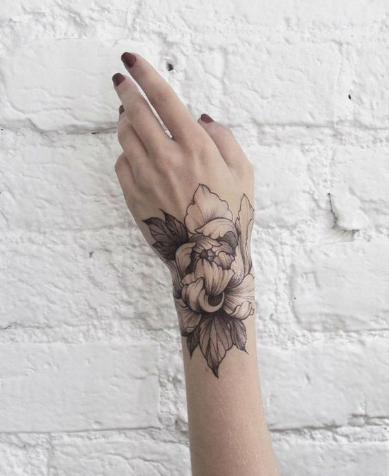 Floral and Fine Line Tattoo by Dasha Sumkina