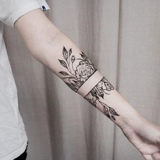 Wonderful floral tattoo on the arm