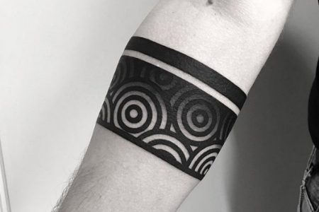 Armband Tattoo: 60 Awesome Ideas For a Perfect Armband Tattoo