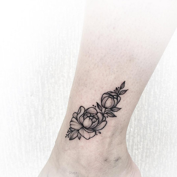 Peony ankle tattoo by anna bravo
