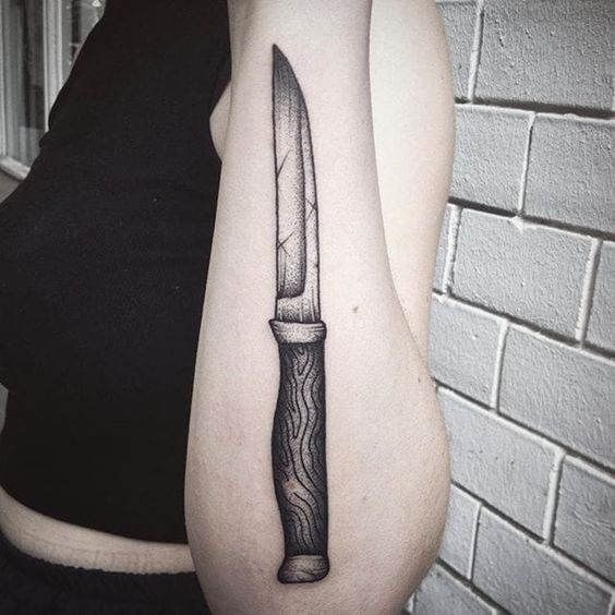 Forearm knife