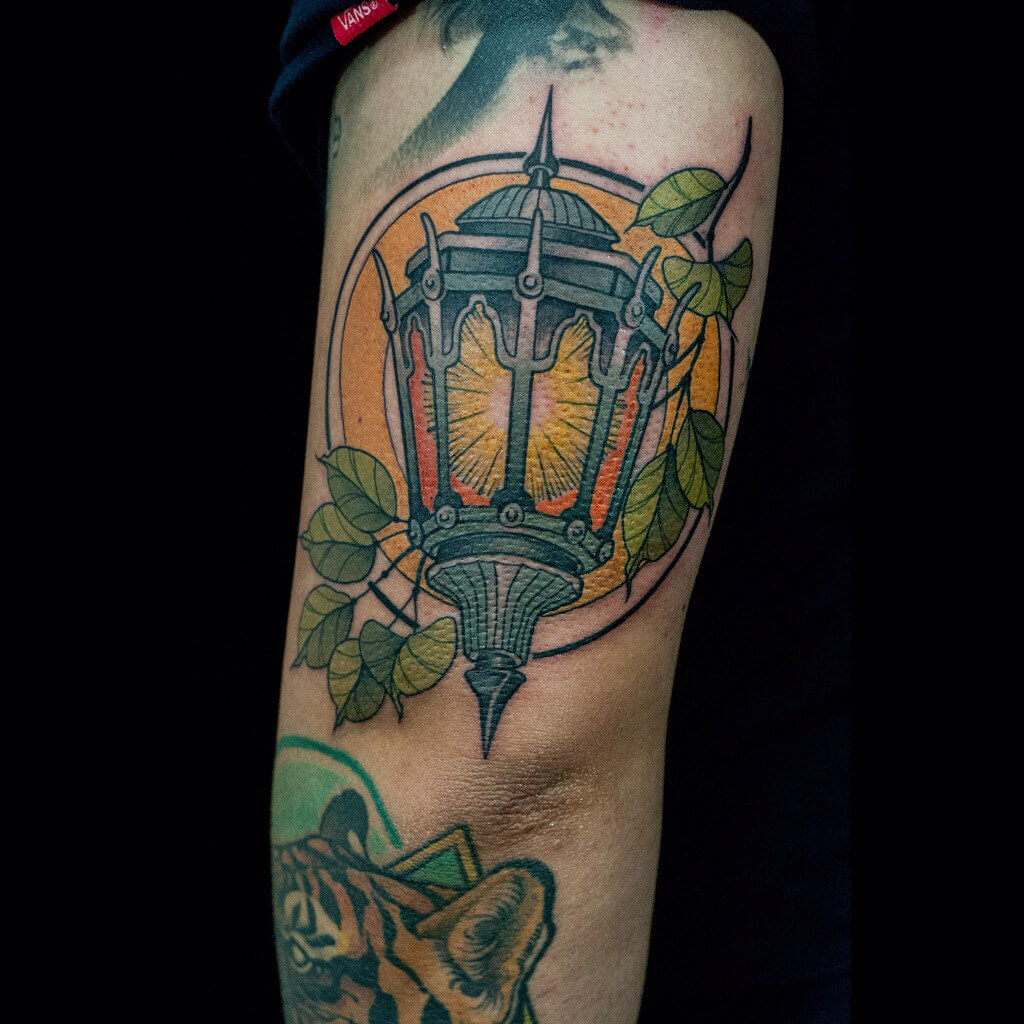 Neotraditional style street lantern tattoo