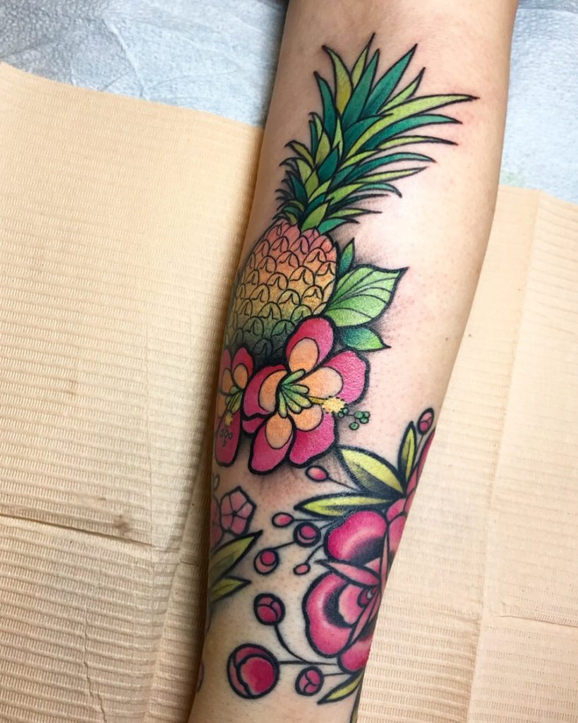 Pineapple in neo traditional style