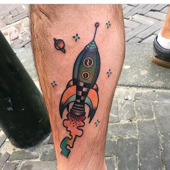 Spaceship on the shin