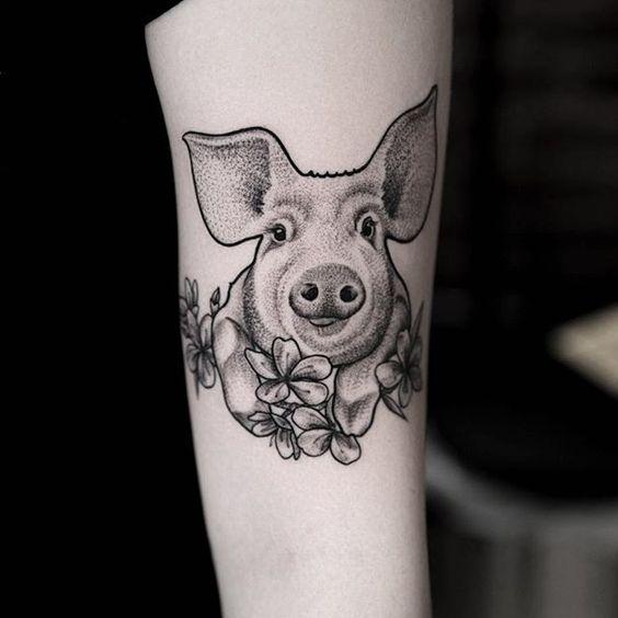 Blackwork pig