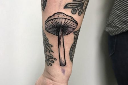 Mushroom Tattoo Ideas For People Who Love To Trip 🍄